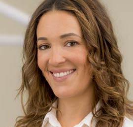 Dr med dent Nadine Hotz. MSc Master of science in oral implantology. Owner and leader of the Dental Clinic Dr Hotz. Marbella